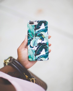 Case APP Brand & Giveaway feature 2018